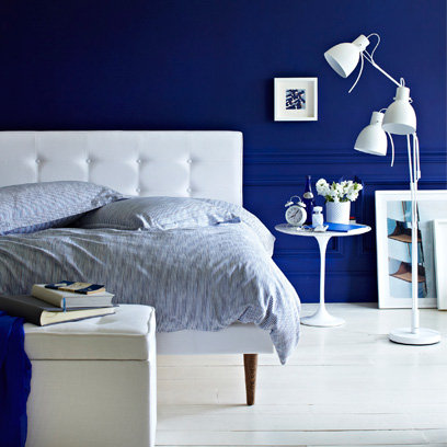 Blue and white bedroom - Red online mag