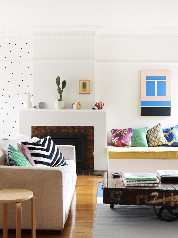 Adelaide-lounge