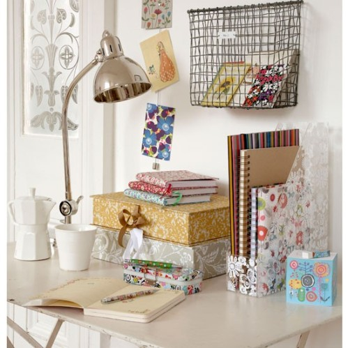5-Stationery-in-office--home-office--country--Country-Homes--Interiors