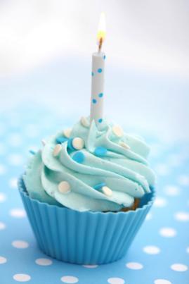 cupcake-birthday-cake