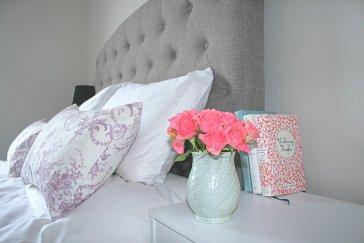 Cushion closeup 1